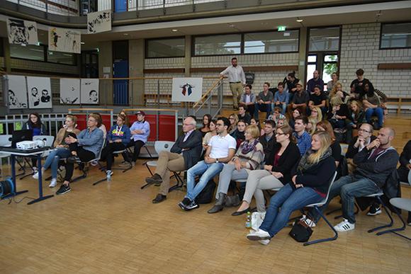 Ehemaligenkreis Am Gymnasium Huckelhoven Gymnasium Der Stadt